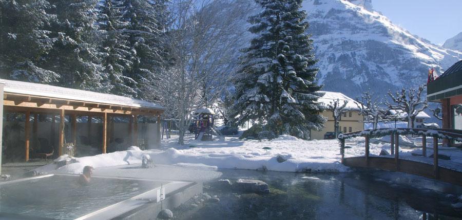 switzerland_jungfrau-ski-region_grindelwald_hotel-belvedere_jacuzzi.jpg